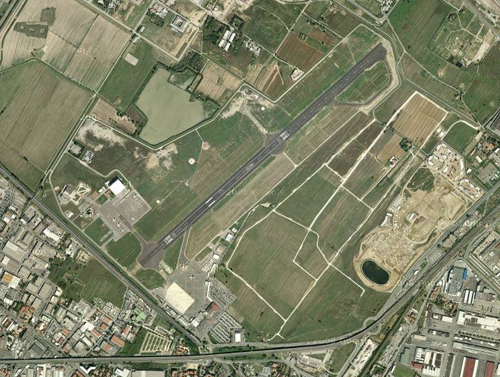 L'aeroporto di Firenze in un'immagine di Google Maps