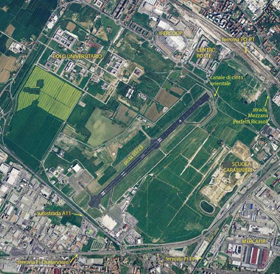Veduta aerea dell'aeroporto di Firenze con evidenziate le principali infrastrutture presenti nel suo intorno.